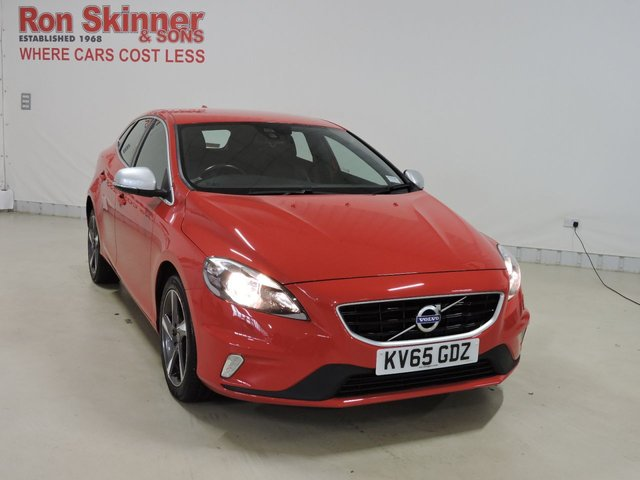 View our 2015 65 VOLVO V40 2.0 D2 R-DESIGN NAV 5d 118 BHP