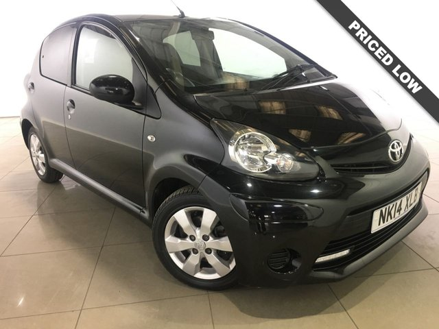 View our 2014 14 TOYOTA AYGO 1.0 VVT-I MOVE WITH STYLE NAV 5d 68 BHP