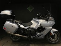 2013 TRIUMPH TROPHY SE. 10750 MILES. 2013. WELL MAINTAINED. FULL LUGGAGE. AUDIO  £6990.00
