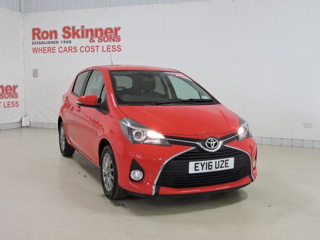 View our 2016 16 TOYOTA YARIS (14)       1.3 VVT-I ICON 5d 99 BHP