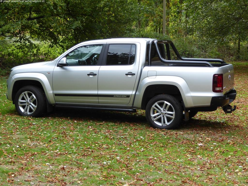 VOLKSWAGEN AMAROK at Click Motors