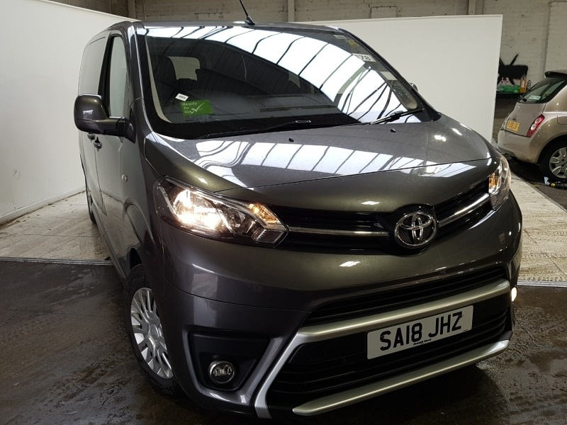 View our 2018 18 TOYOTA PROACE VERSO Expect great used car deals.