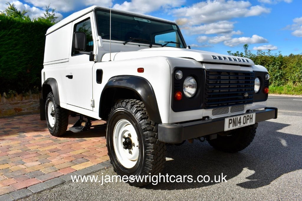 View our 2014 14 LAND ROVER DEFENDER 2.2 TD HARD TOP 1d 122 BHP