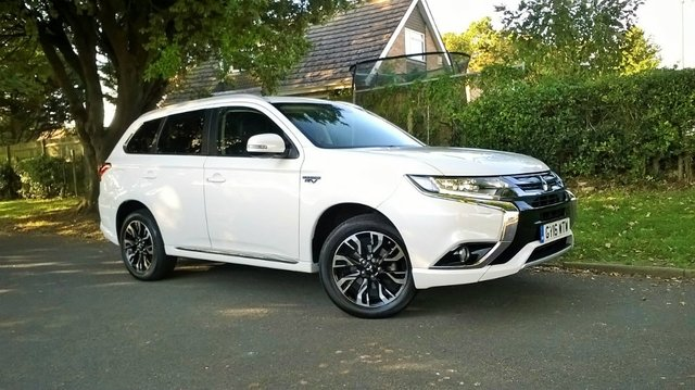 View our 2016 16 MITSUBISHI OUTLANDER 2.0 PHEV GX3H PLUS 4WORK 1d AUTO 161 BHP