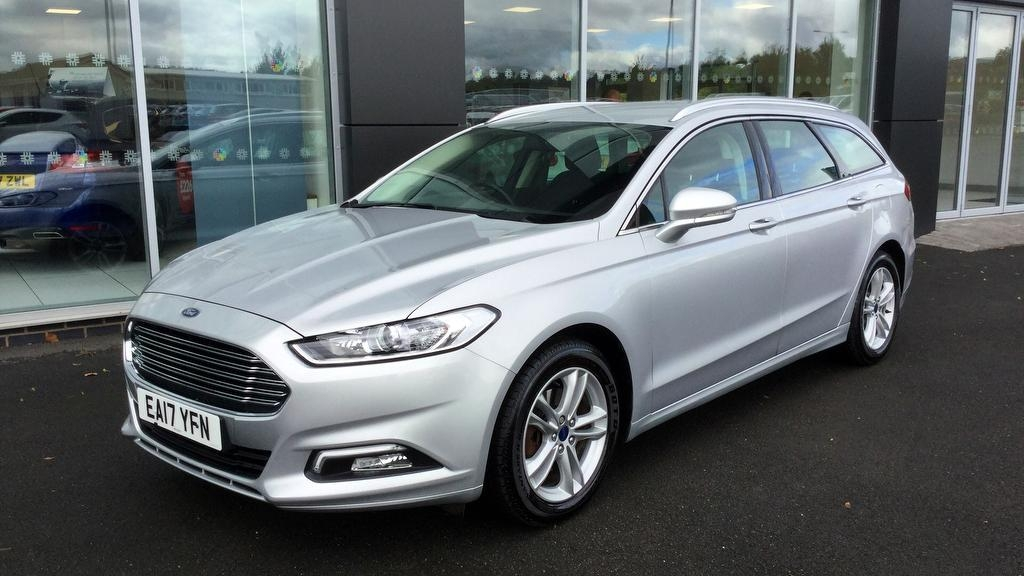 View our 2017 17 FORD MONDEO 2.0 TDCi ECOnetic Zetec [Nav] 5dr