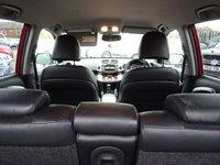 USED 2011 11 TOYOTA RAV4 2.2 XT-R D-4D 5d 150 BHP TOYOTA SERVICE STAMPS   VOICE COMMAND    AUTO LIGHTS