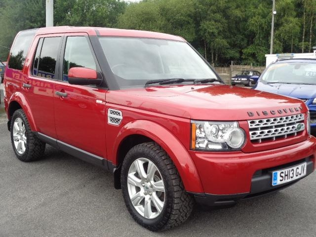 LAND ROVER DISCOVERY at Click Motors