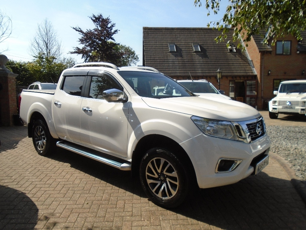 View our 2016 16 NISSAN NP300 NAVARA 2.3 dCi Tekna Double Cab Pickup 4WD 4dr