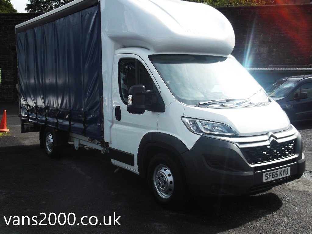 View our 2015 65 CITROEN RELAY  2.2 HDi 35 Chassis Cab 2dr (Heavy)