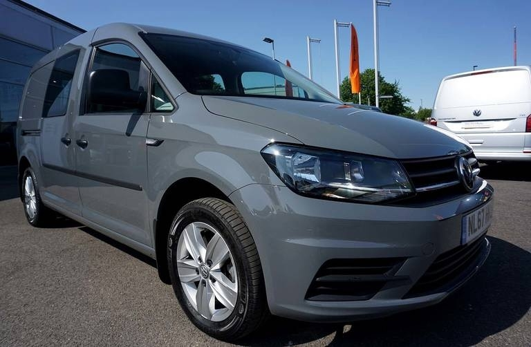View our 2017 67 VOLKSWAGEN CADDY MAXI 2.0 TDI 150PS Kombi Van