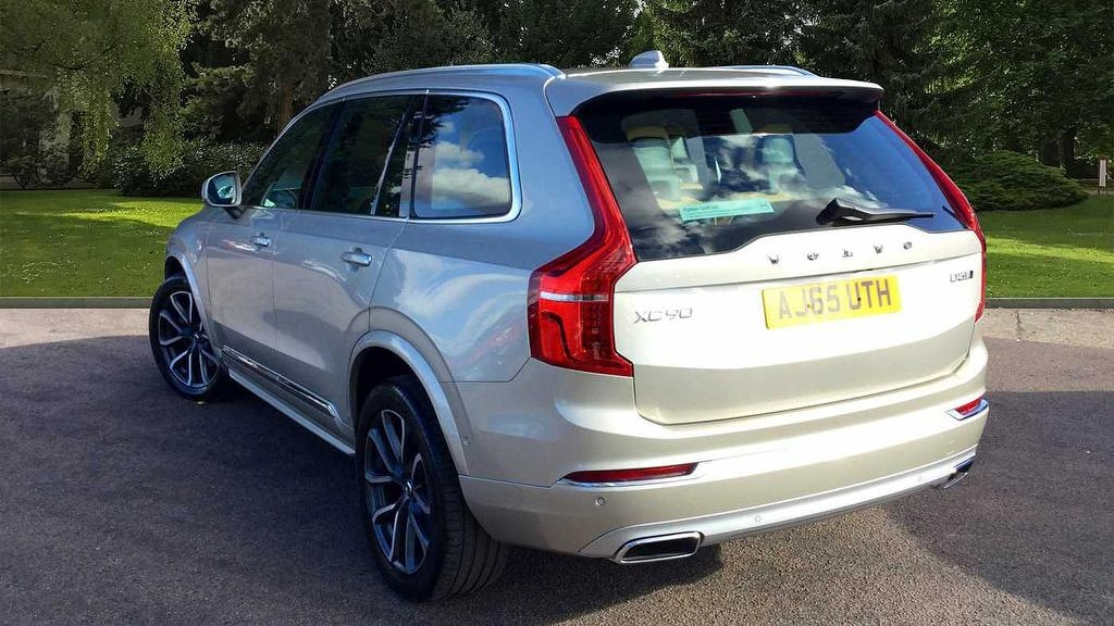 VOLVO XC90 at Click Motors