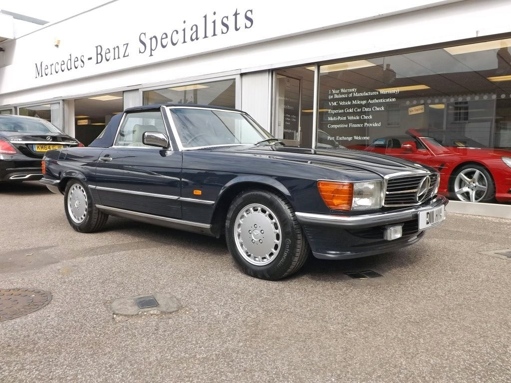 View our 1987 MERCEDES-BENZ SL Mercedes-Benz 300 3.0 SL 2dr