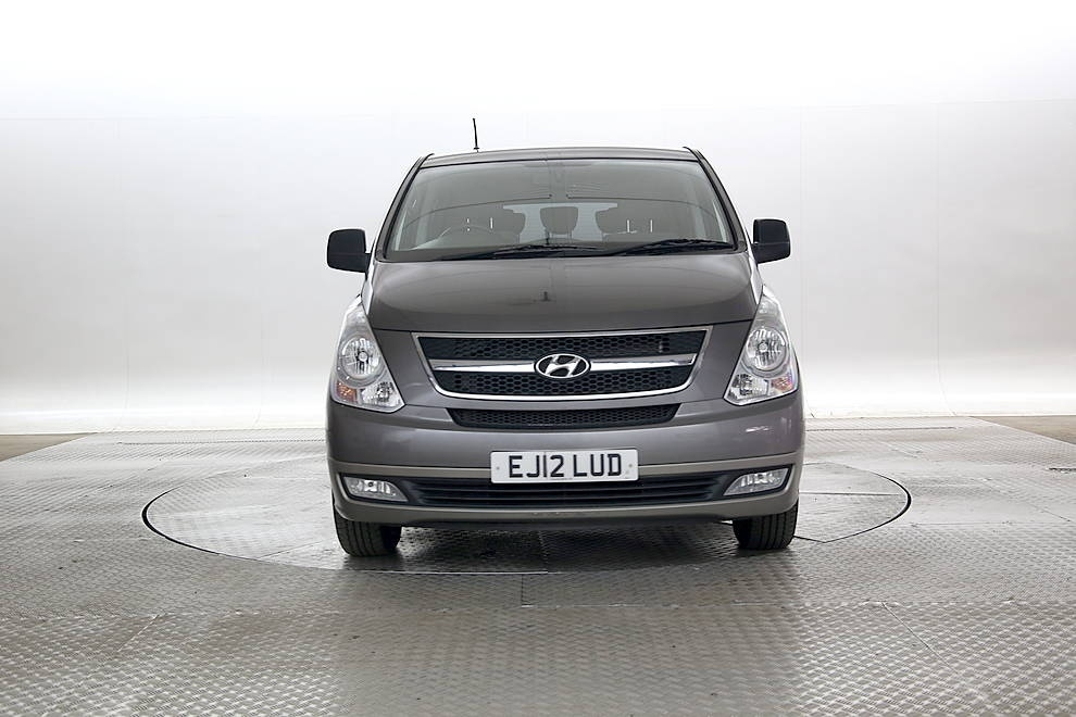 HYUNDAI I800 at Click Motors