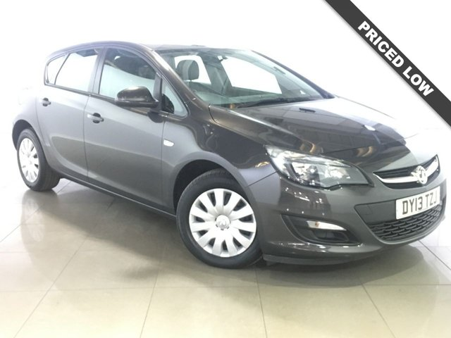 View our 2013 13 VAUXHALL ASTRA 1.6 EXCLUSIV 5d AUTO 115 BHP