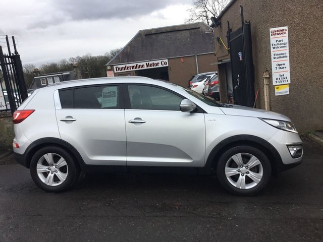 USED 2010 60 KIA SPORTAGE 2.0 KX-2++GLASS PAN ROOF 6 SERVICE STAMP HISTORY++ ++FOR FULL DETAILS CALL JOHN ON 07972385205++
