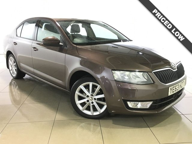 View our 2013 63 SKODA OCTAVIA 1.6 ELEGANCE TDI CR NAV 5d 104 BHP