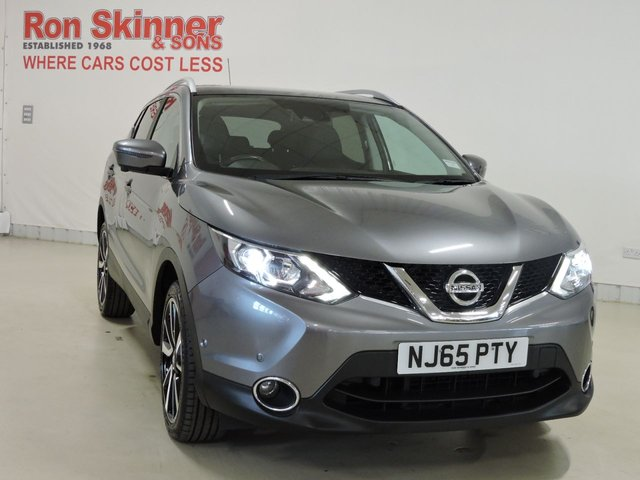 View our 2015 65 NISSAN QASHQAI (40) 1.5 DCI TEKNA 5d 108 BHP