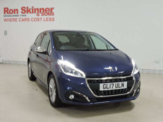 View our 2017 17 PEUGEOT 208 1.2 ALLURE 5d 82 BHP