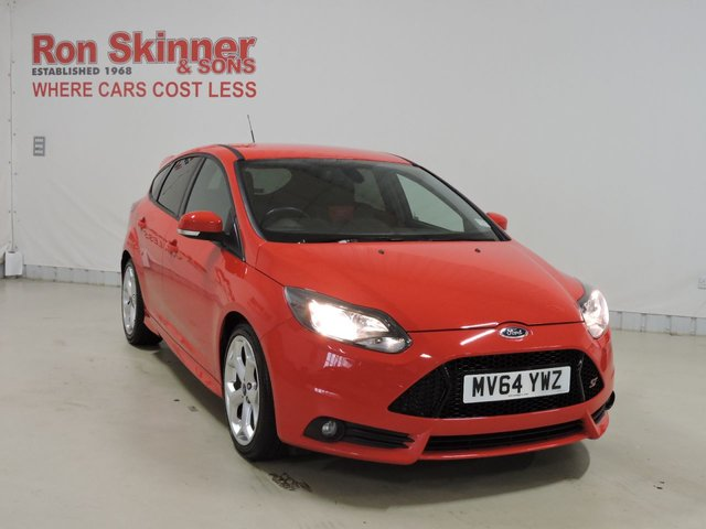 View our 2014 64 FORD FOCUS 2.0 ST-2 5d 247 BHP