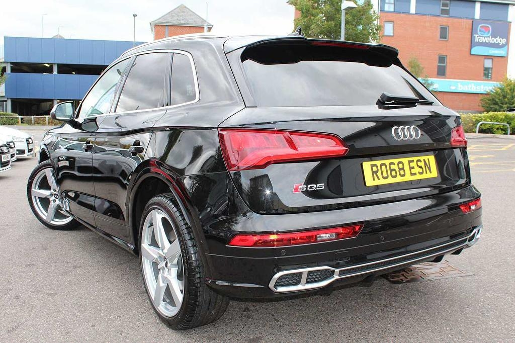 AUDI SQ5 at Click Motors