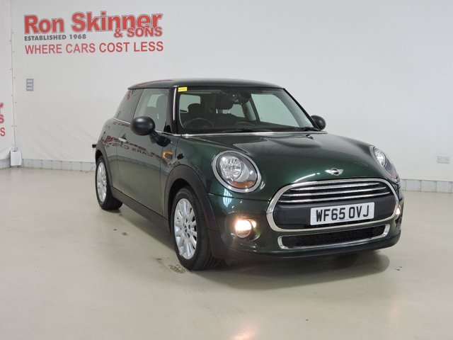 View our 2015 65 MINI HATCH ONE 1.5 ONE D 3d 94 BHP with Pepper Pack + Rear Privacy + Heated Front Seats