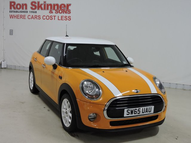View our 2015 65 MINI HATCH COOPER 1.5 COOPER 5d 134 BHP