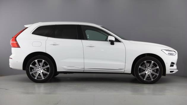 VOLVO XC60 at Click Motors
