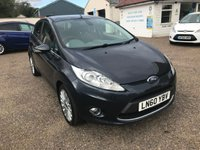USED 2010 60 FORD FIESTA 1.4 TITANIUM 5d 96 BHP EXCELLENT SERVICE HISTORY X 8 STAMPS / LOW MILEAGE / VOICE COMM / BLUETOOTH / USB / CRUISE CONTROL