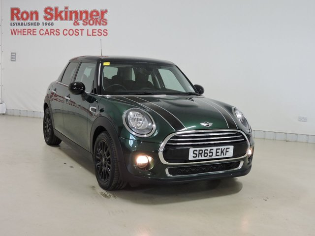 View our 2015 65 MINI HATCH COOPER 1.5 COOPER 5d 134 BHP with CHILI Pack + Radio Visual Boost + Rear Privacy + Black Bonnet Stripes