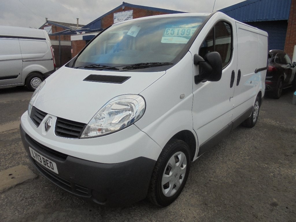 View our 2013 13 RENAULT TRAFIC 2.0DCI ECO SL27 SWB 115BHP 6SPD EURO5