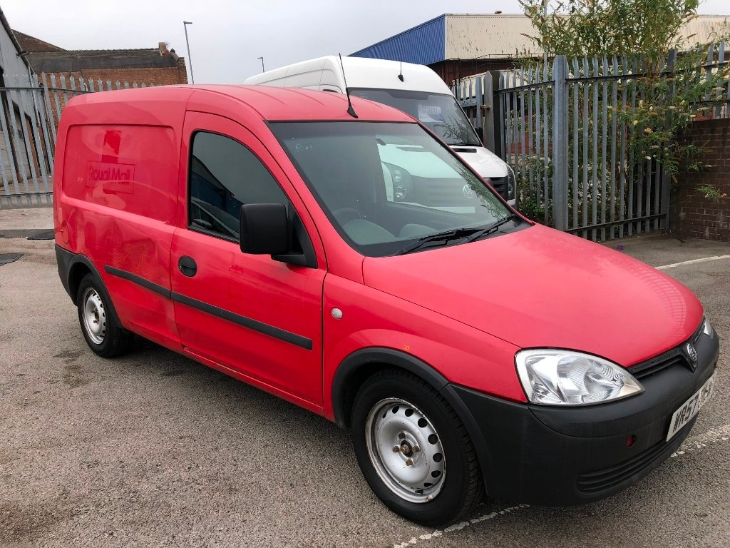 View our 2007 57 VAUXHALL COMBO 1.3 CDTi 16v 1700 Panel Van 3dr
