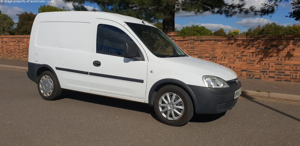 View our 2007 56 VAUXHALL COMBO  1.3 CDTi 16v 2000 Panel Van 3dr