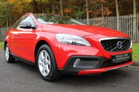 USED 2015 65 VOLVO V40 2.0 D3 CROSS COUNTRY SE 5d 148 BHP A STUNNING LOW MILEAGE EAXMPLE WITH LOW OWNERS AND FULL HISTORY!!!