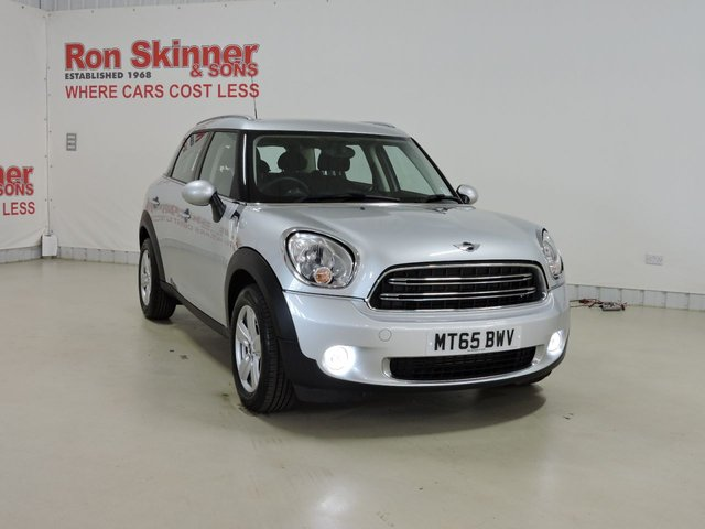 View our 2015 65 MINI COUNTRYMAN 1.6 COOPER D 5d 112 BHP