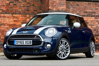 2015 MINI HATCH COOPER 2.0 Cooper S (Chili, Media XL) Sport Auto (s/s) 3dr £16977.00