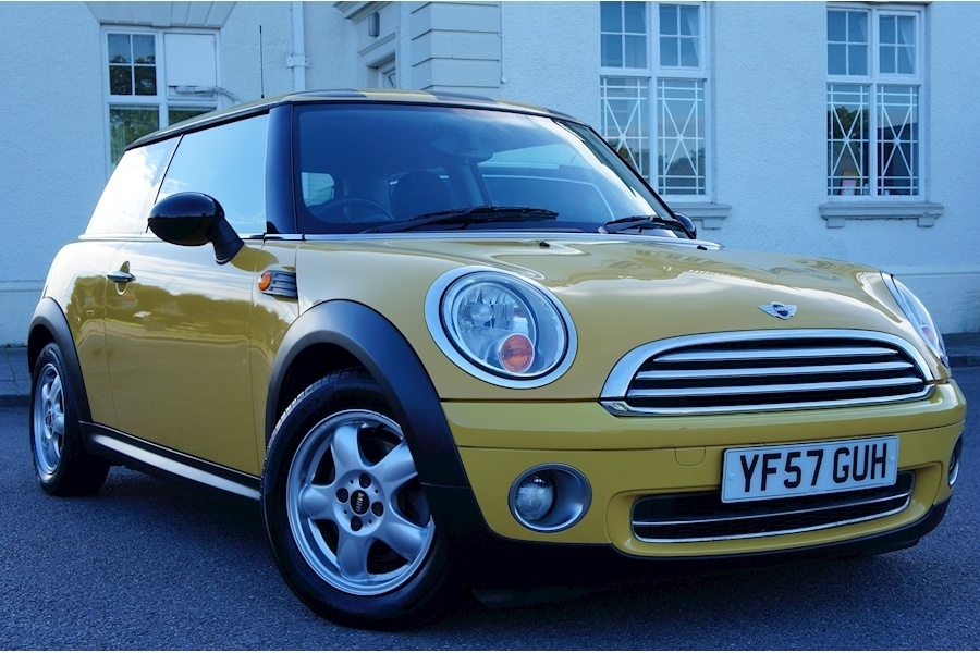 View our 2007 57 MINI HATCH ONE 1.4 3dr