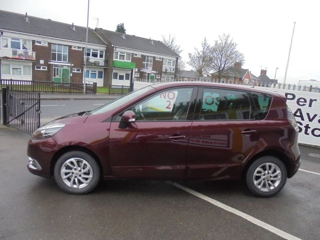 USED 2013 63 RENAULT SCENIC 1.5 DYNAMIQUE TOMTOM DCI EDC 5d AUTO 110 BHP ***DIESEL AUTOMATIC***