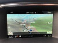 USED 2016 16 VOLVO V40 2.0 D4 R-DESIGN NAV 5d AUTO 188 BHP ** £20 ROAD TAX + SAT NAV + CRUISE **