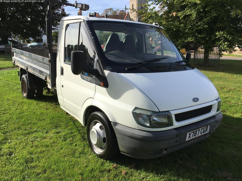 View our 2001 FORD TRANSIT  2.4 TD 350 M Tipper 2dr (DRW, MWB)