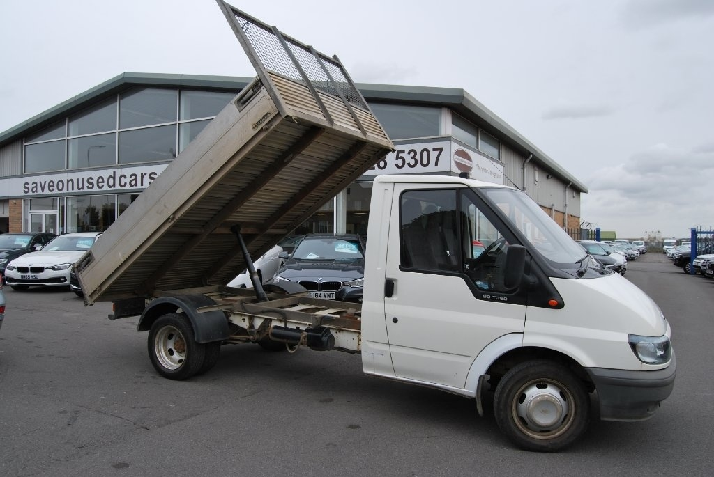 View our 2002 52 FORD TRANSIT  2.4 TDI 350 M Tipper 2dr (DRW, MWB)