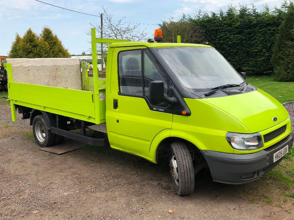 View our 2005 05 FORD TRANSIT 2.4 TDI 350 M Tipper 2dr (DRW, MWB)
