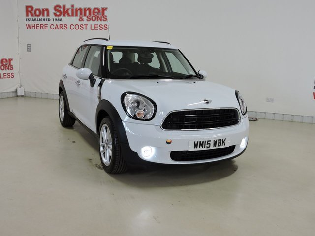 View our 2015 15 MINI COUNTRYMAN 1.6 COOPER D BUSINESS 5d 110 BHP