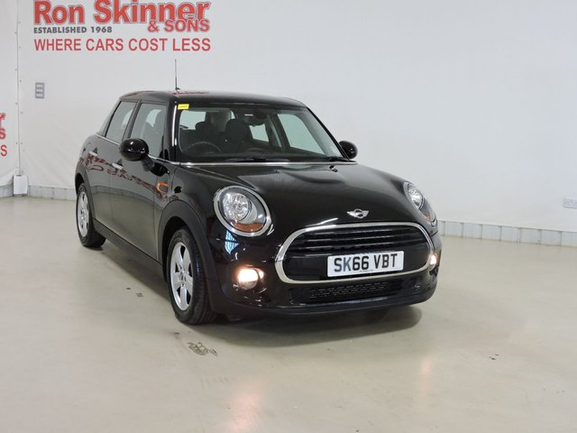 View our 2016 66 MINI HATCH COOPER 1.5 COOPER 5d 134 BHP