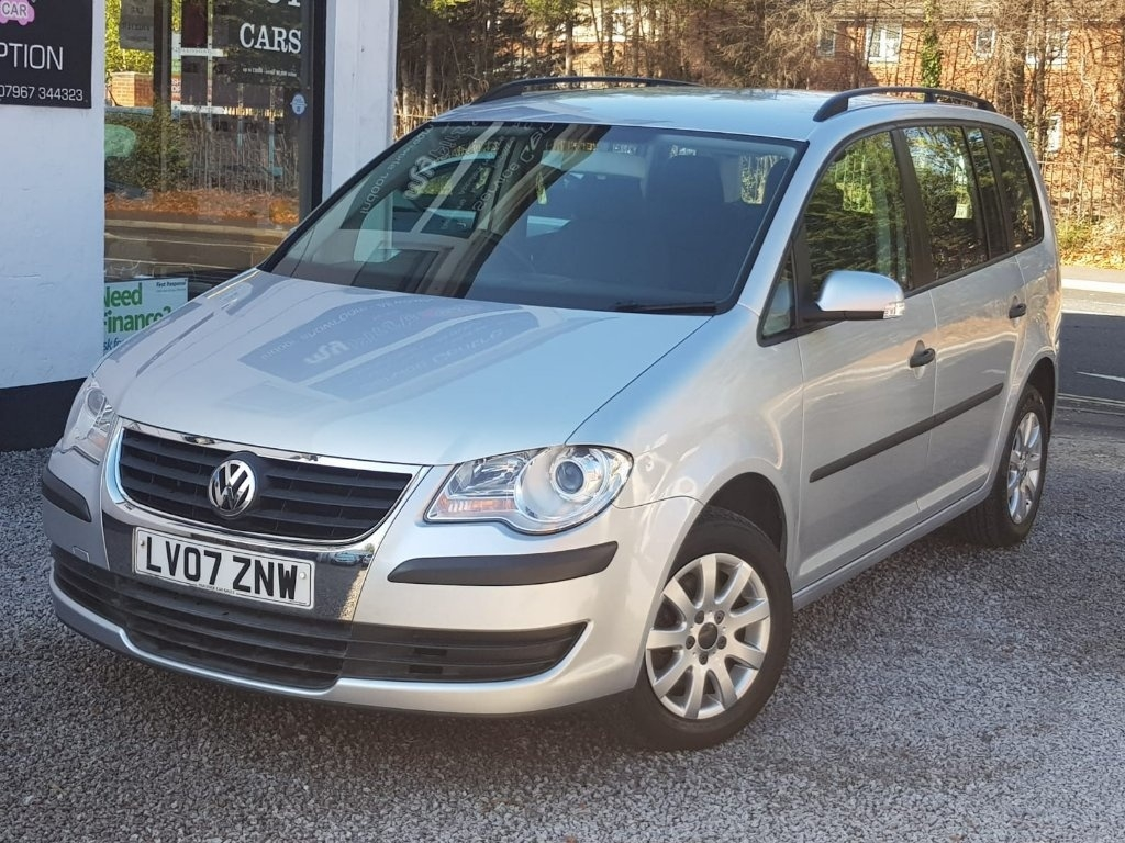 View our 2007 07 VOLKSWAGEN TOURAN 1.6 S 5dr (7 Seats)