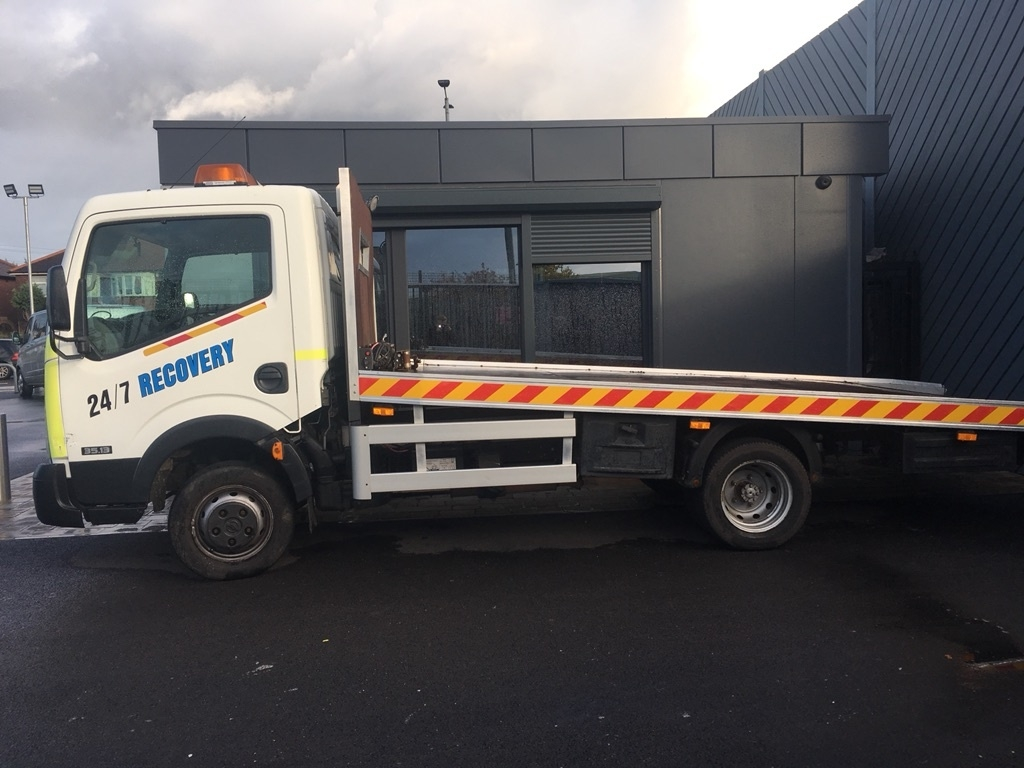 NISSAN CABSTAR at Click Motors