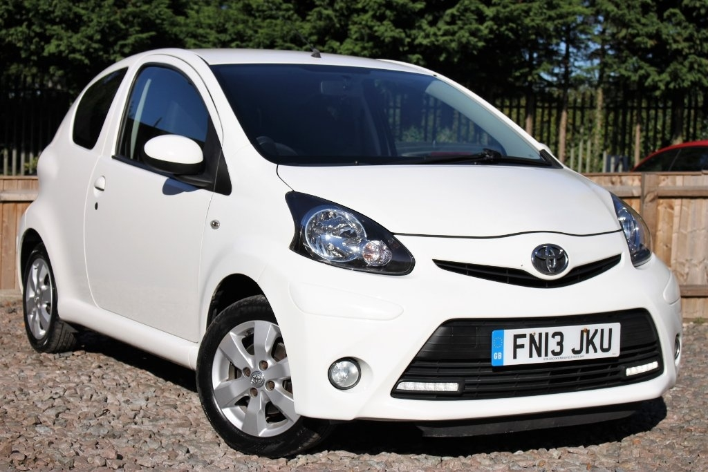 View our 2013 13 TOYOTA AYGO 1.0 VVT-i Fire 3dr