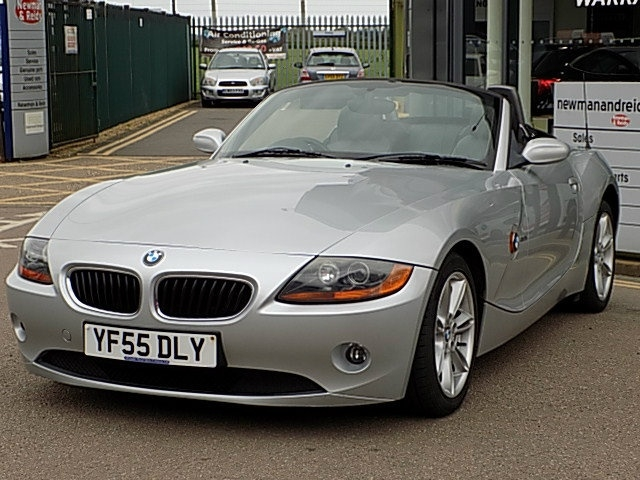 View our 2005 55 BMW Z4  2.0 i SE Roadster 2dr
