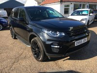 USED 2015 LAND ROVER DISCOVERY SPORT 2.0 TD4 HSE LUXURY 5d AUTO 180 BHP BLACK PACK / GLASS ROOF /  SAT NAV WITH REVERSE CAMERA PARK ASSIST WITH SELF PARK AID / DAB STEREO WITH MERIDIAN SOUND SYSTEM AND INTEGRATED PHONE WITH IN CAR WI-FI AND IN-CAR APPS / ELECTRIC TAILGATE / MEMORY SEATS AND MIRRORS / FRONT AND REAR  CLIMATE SEATS / HEATED STEERING WHEEL / INDEPENDENT REAR HEATING SYSTEM / RANGE ROVER TRACKER SYSTEM