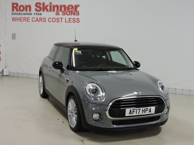 View our 2017 17 MINI HATCH COOPER 1.5 COOPER 3d 134 BHP with CHILI Pack