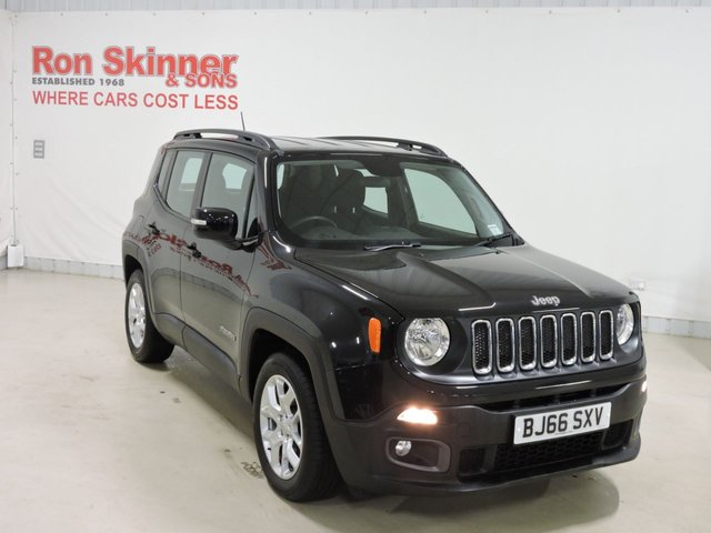 View our 2016 66 JEEP RENEGADE (123) 1.6 M-JET LONGITUDE 5d 118 BHP